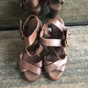 Fiorentini+Baker Brown Leather Strappy Sandals